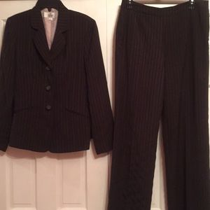 Le Suit pantsuit **defect**